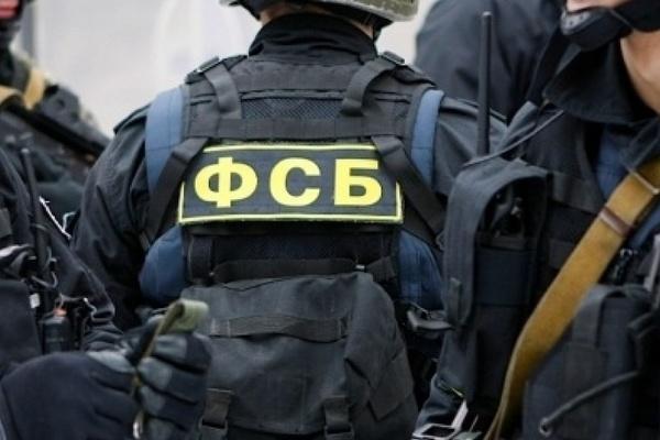 Российские силовики разоблачили банду подпольных торговцев оружием