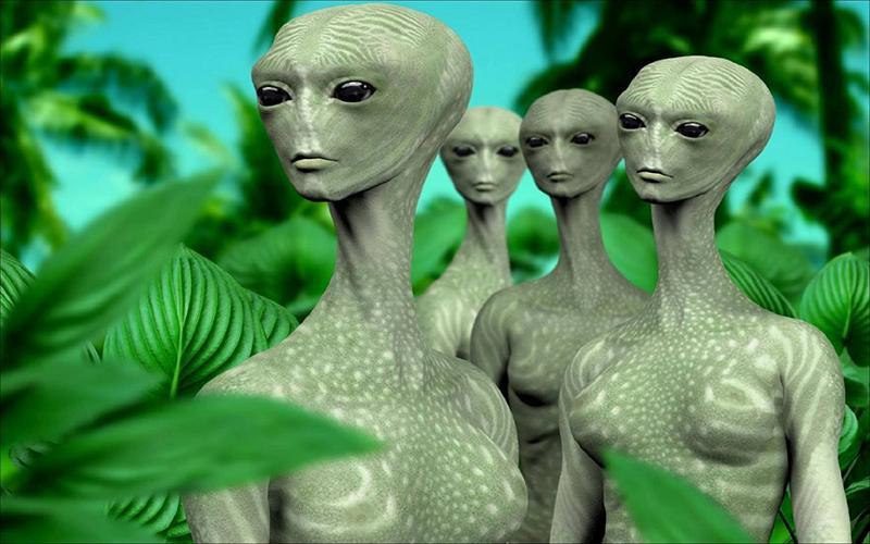 Толпа пришельцев из потустороннего мира, появившихся в небе, взволновала жителей Нью-Йорка