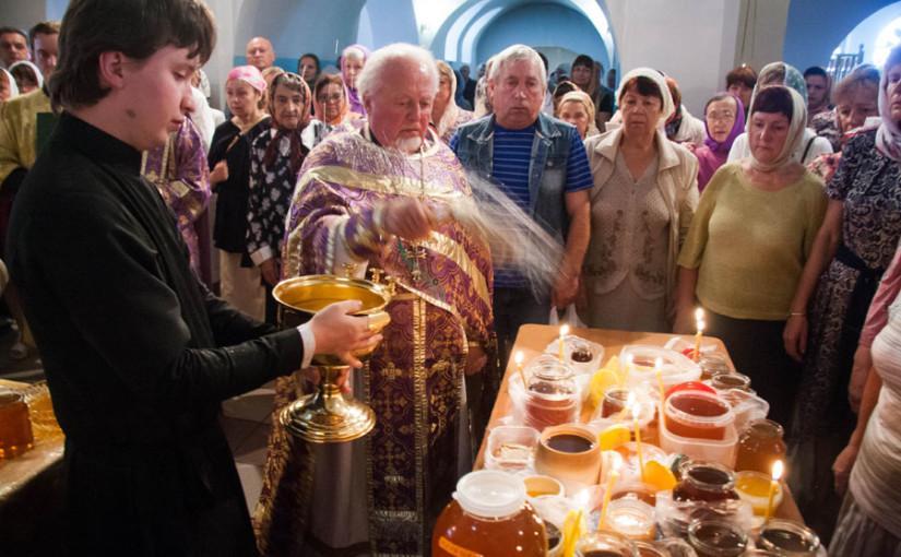 Медовый Спас 2018, что следует освящать в церкви – сообщили СМИ