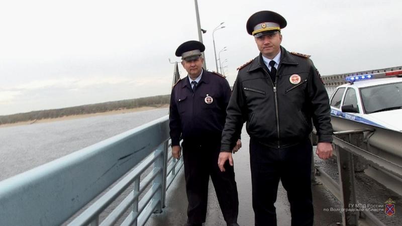 Инспекторы ДПС Волгограда