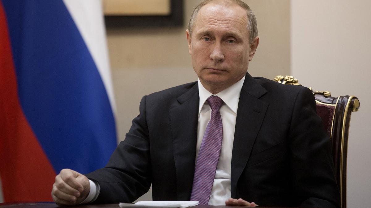 Путин запретил неприятное для пенсионеров и граждан условие, однако осенью будет продолжение – эксперты