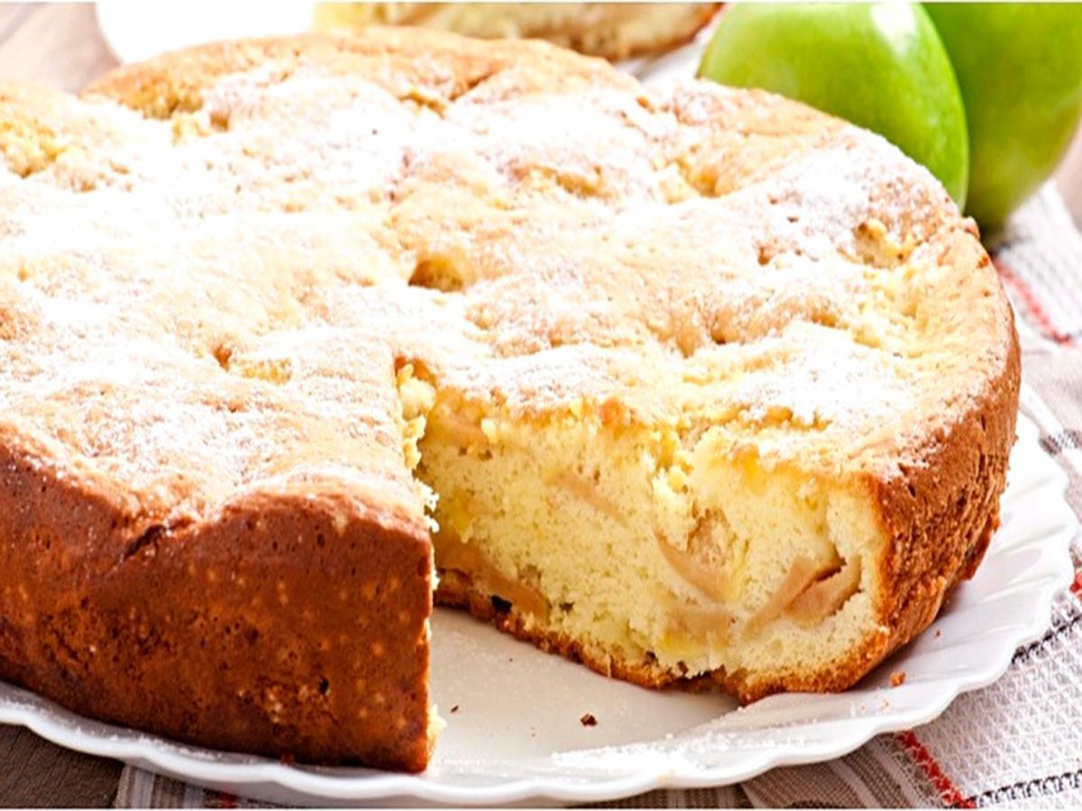 Шарлотка с яблоками: самый простой и вкусный рецепт шарлотки в духовке
