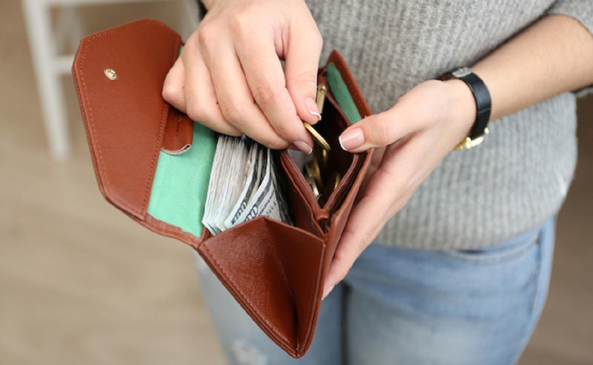 Что положить в кошелек для привлечения денег: простые советы, которые работают