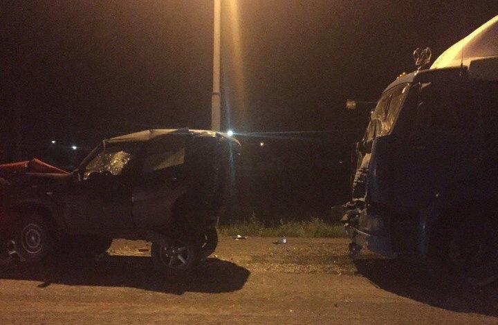 На трассе Барнаул-Новосибирск уснувший водитель большегруза смял две легковушки