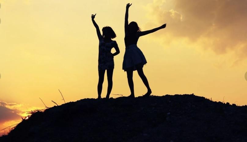 Поддержат и спасут в любой ситуации: 3 знака Зодиака – самые лучшие друзья, какие только бывают