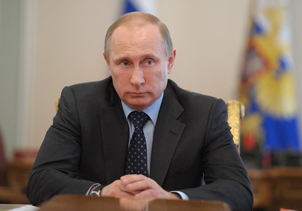 Путин попросил США повлиять на Киев после диверсии в Крыму