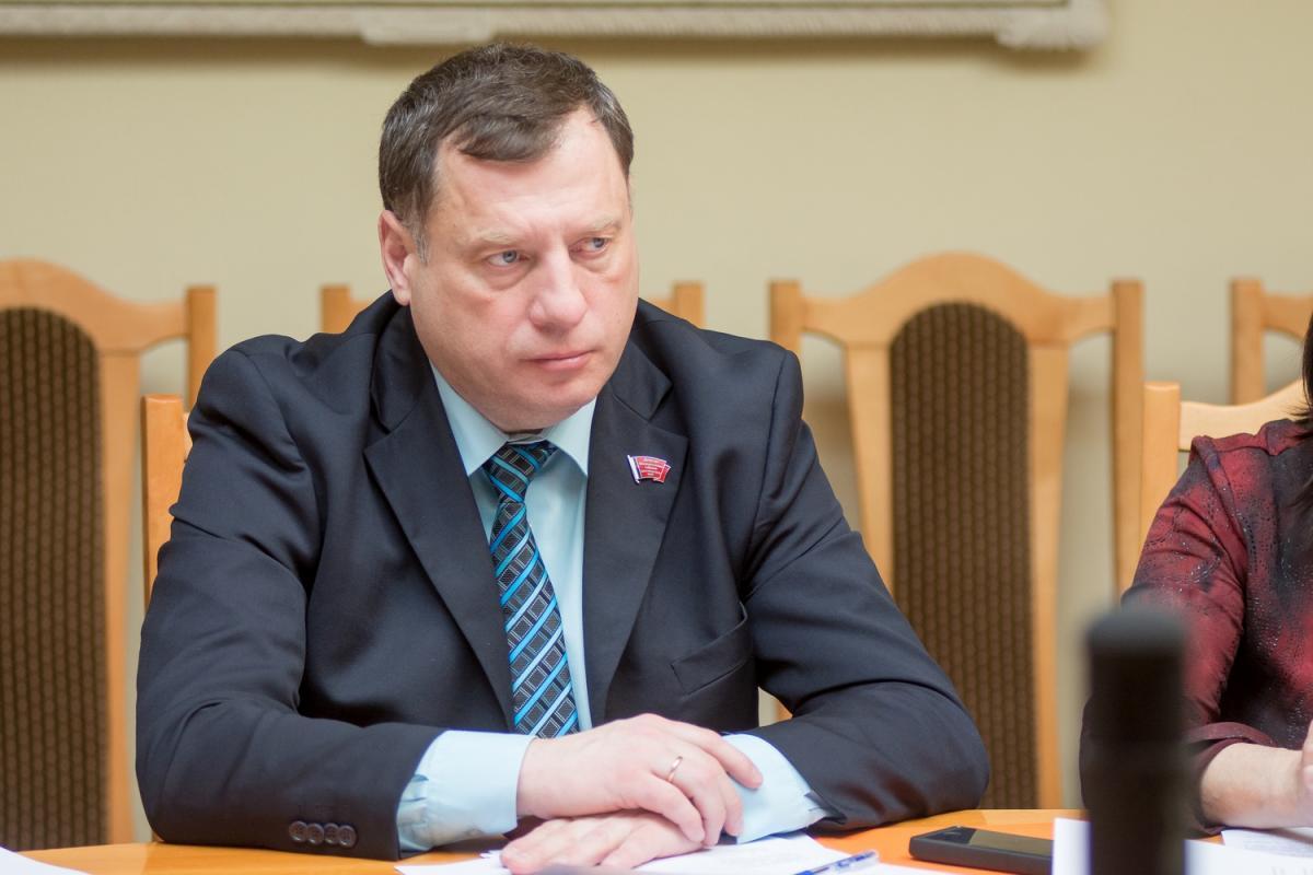 В Госдуме прокомментировали заход кораблей ВМС Украины в экономическую зону РФ