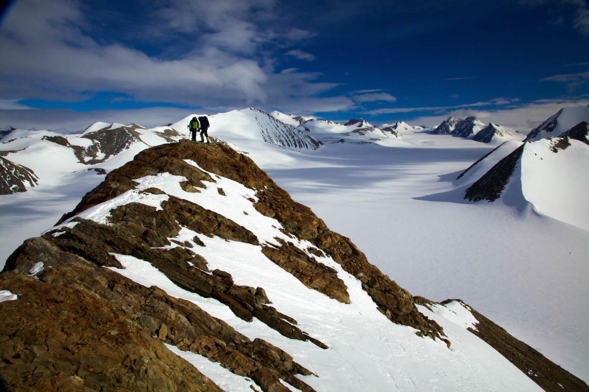 Антарктиду разберут на части: стало известно о судьбе материка