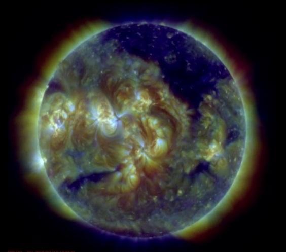 "НАСА показало ""Злое Солнце"""