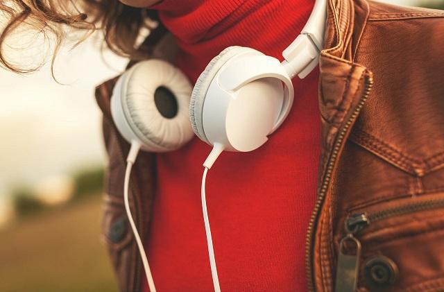 Психологи выяснили, какую музыку слушают умные люди