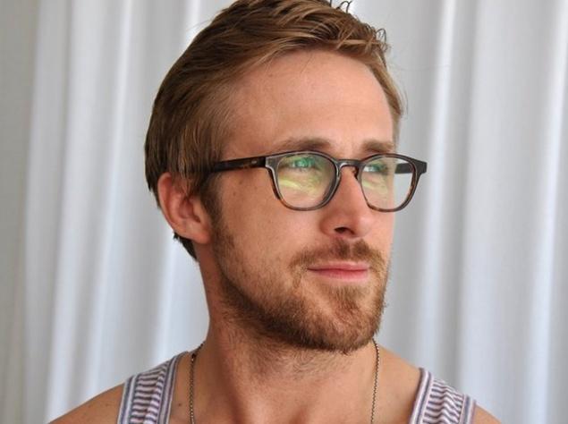 Ученые объяснили, почему люди в очках выглядят умнее остальных