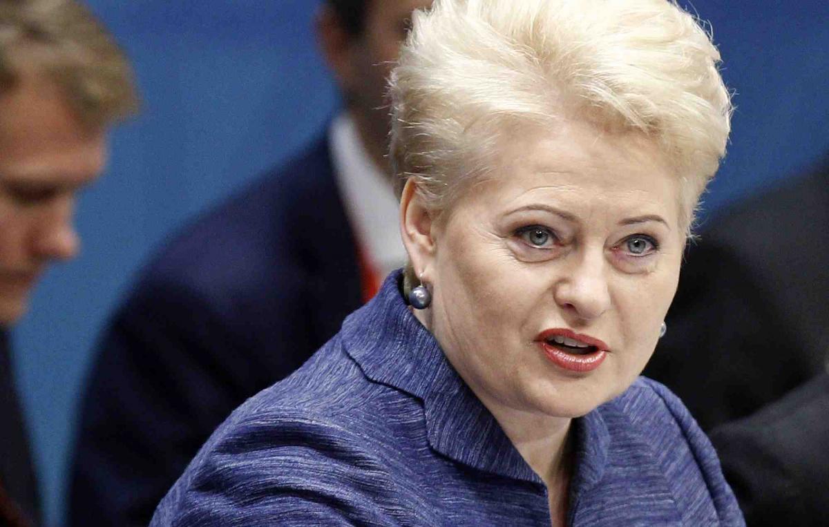 Скандал в Прибалтике резко обрушил позиции президента Литвы Дали Грибаускайте