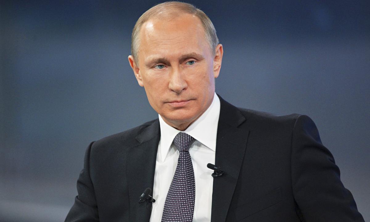 Путин распорядился обеспечить жильем бывших украинских военных в Крыму