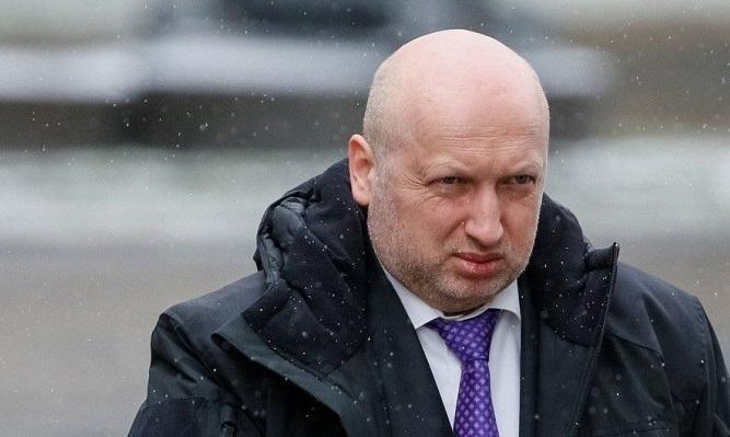 Турчинов назвал слова Лаврова о Крыме «бредом»