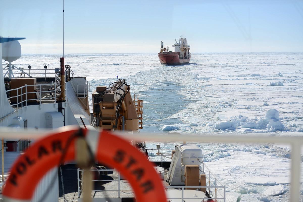 Побоялись просить о помощи: США отменили учения в Арктике из-за России