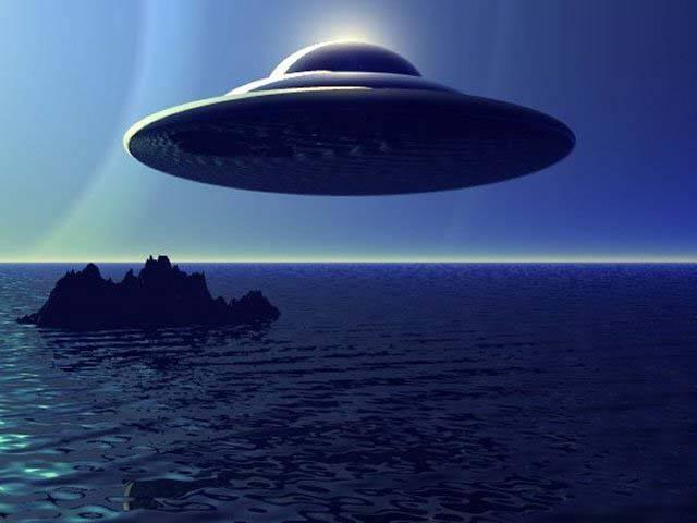 Флотилию инопланетян заметили американские военные над одним из океанов