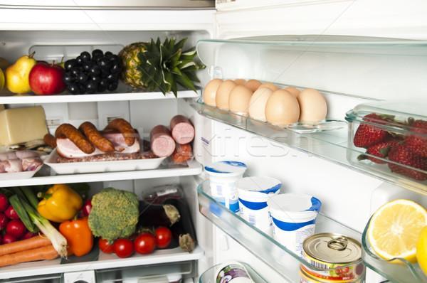 5 самых опасных продуктов питания, которые есть в каждом холодильнике, назвали эксперты ВОЗ