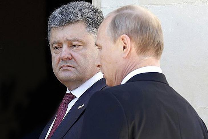 Порошенко тяжело переживает из-за того, что его не позвали на встречу Путина, Меркель и Олланда