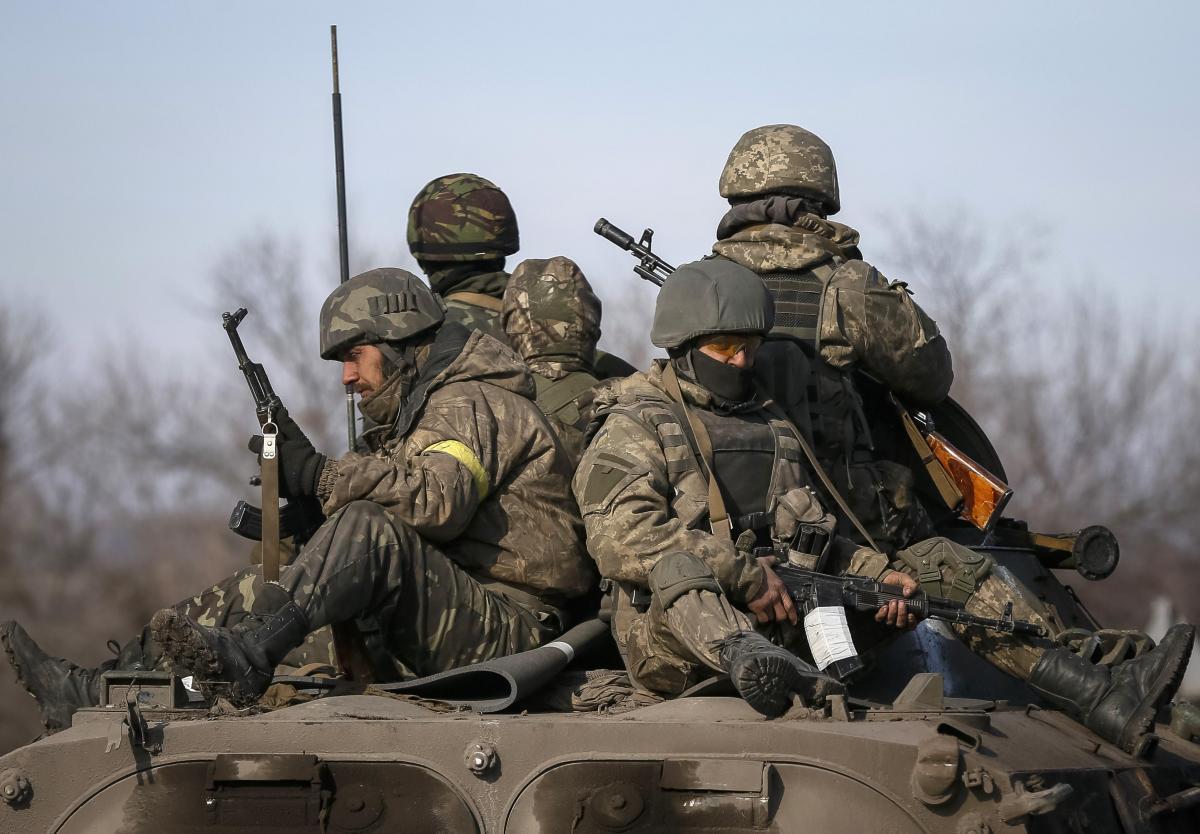 ВСУ отступят к позициям трехлетней давности, заявили в Киеве