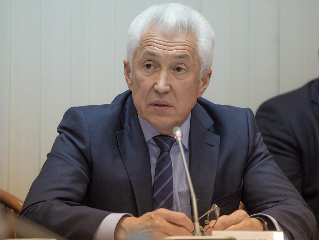 В Дагестане «теряется» 35% поставляемого газа, заявил Владимир Васильев