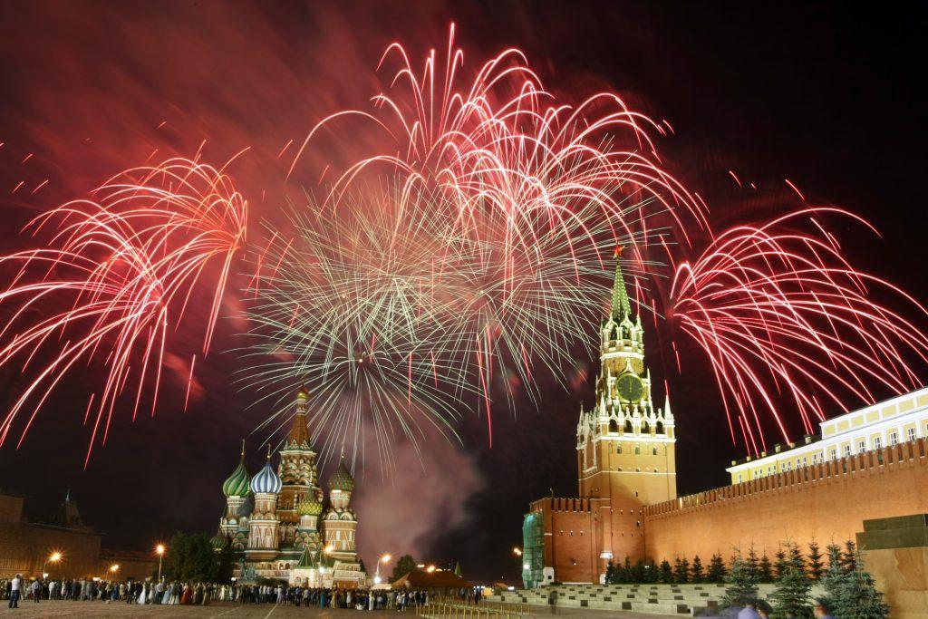 Салют 9 Мая 2019 в Москве в День Победы: где состоится, время проведения, площадки