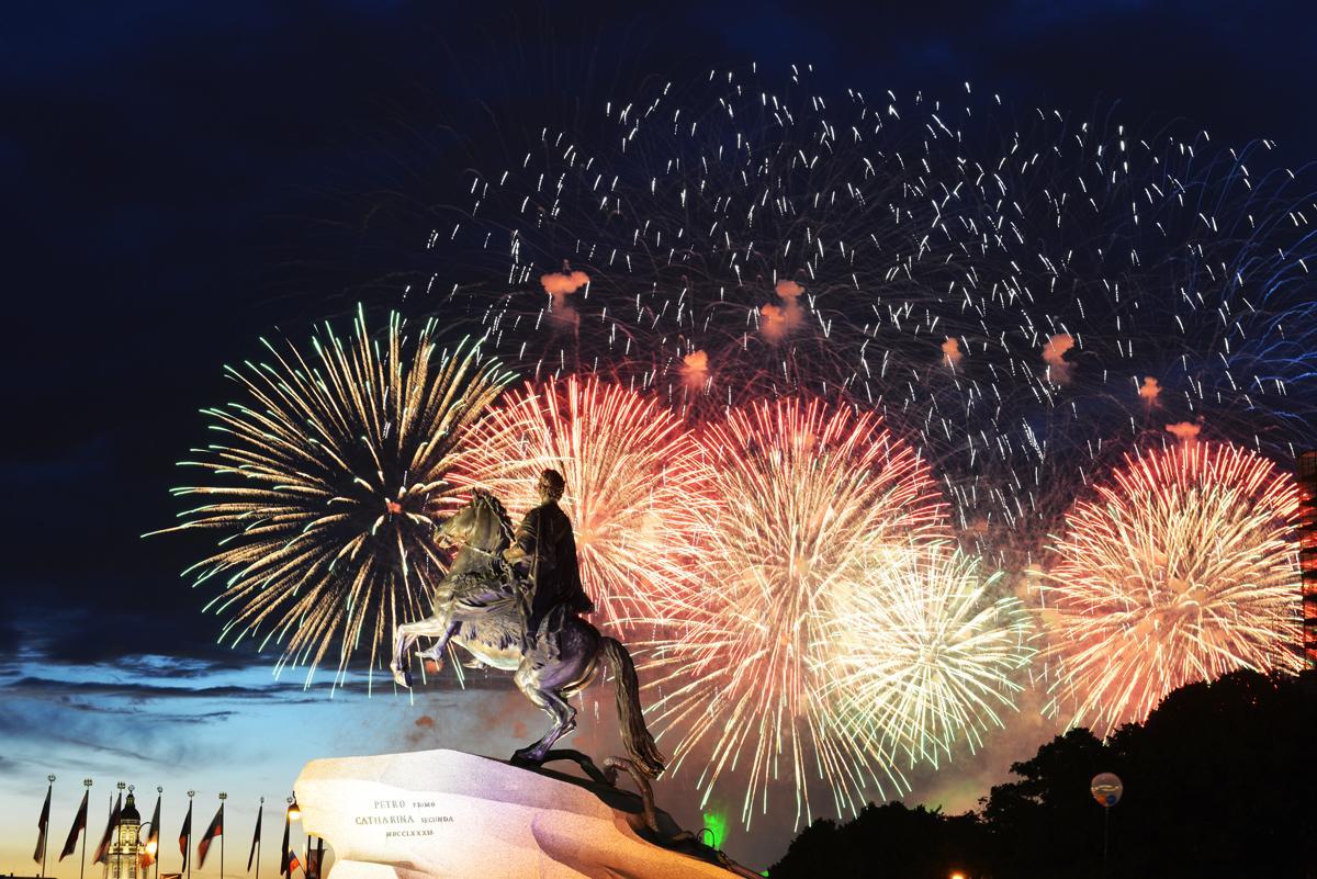 Салют 23 февраля 2019 в Санкт-Петербурге: место и время проведения