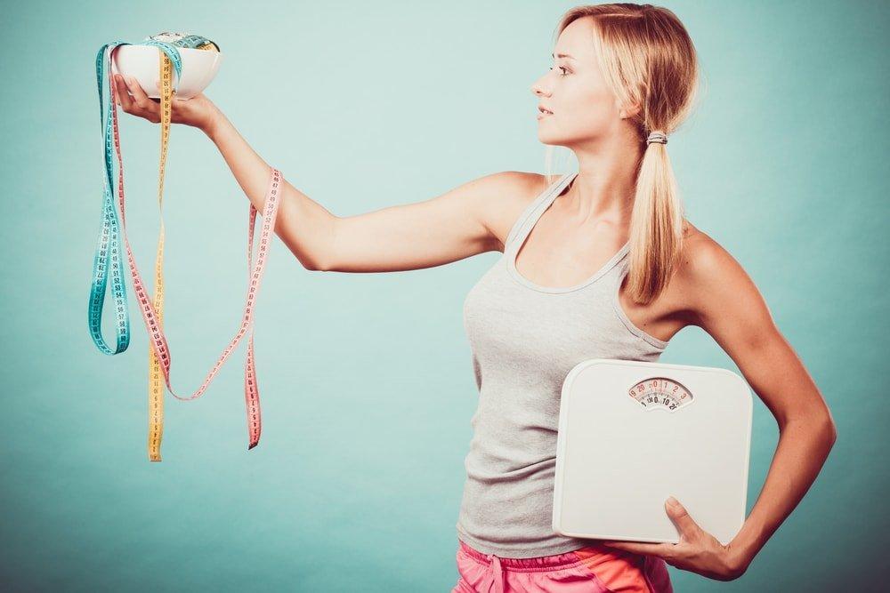 Самый эффективный способ похудения: два принципа, которые реально помогаю похудеть, назвали ученые