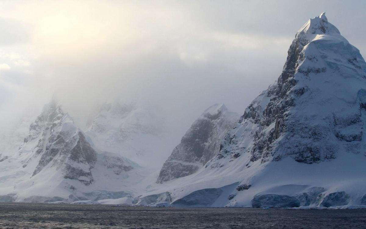 В Антарктиде обнаружена таинственная подводная лодка, которую искали много лет