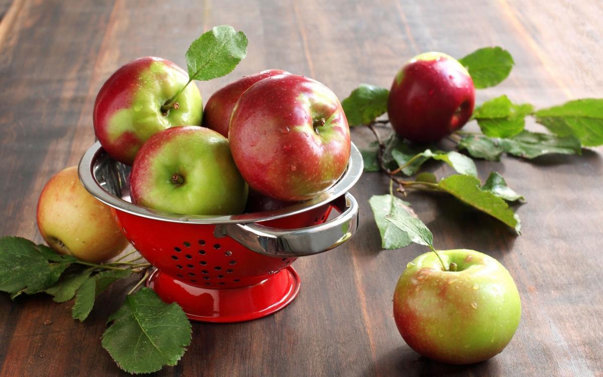 Яблоки очень полезны, но основной «клад» находится определенных частях плодов – ученые