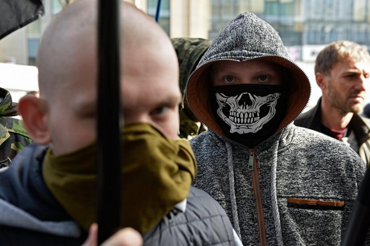 Журналисты сообщили о подготовке на Украине отрядов детей-убийц