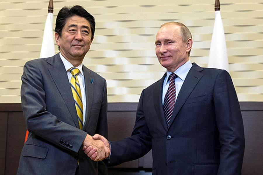 Путин и Абэ договорились активизировать переговорный процесс по спорным территориям