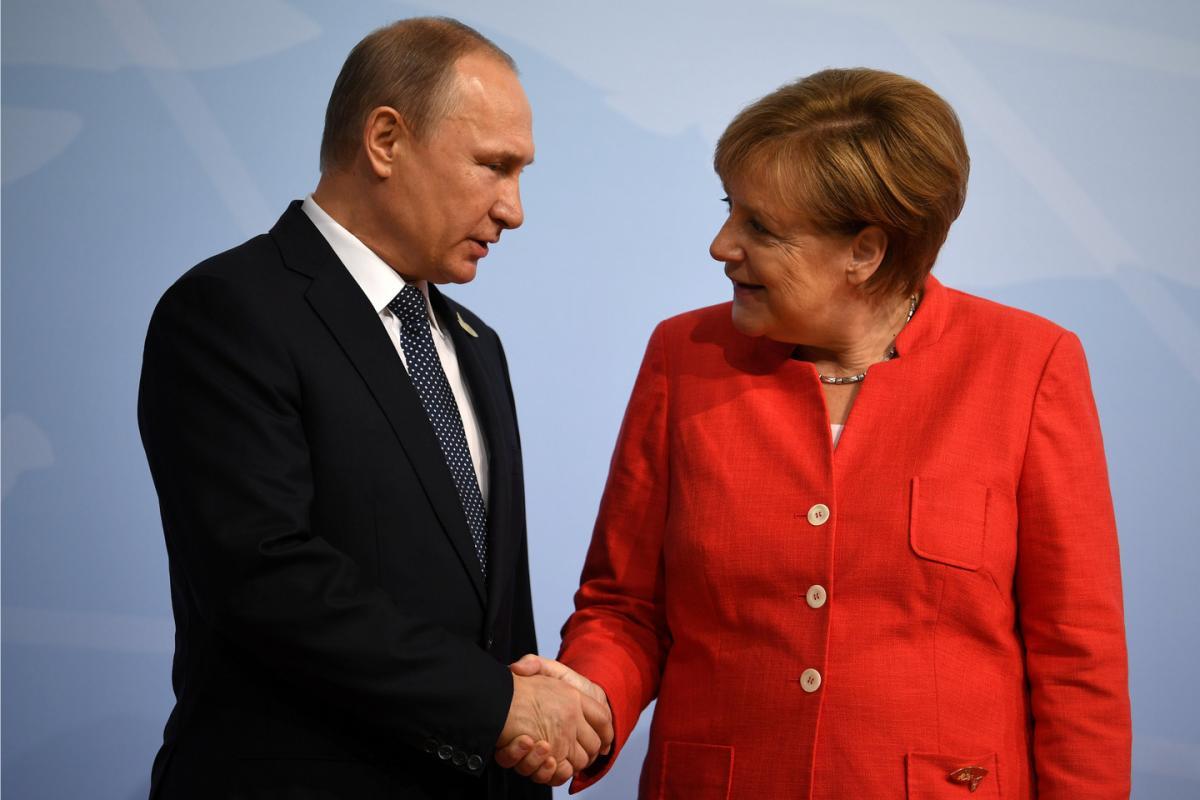 Путин обсудил с Меркель ситуацию в Керченском проливе и ситуацию вокруг ДРСМД