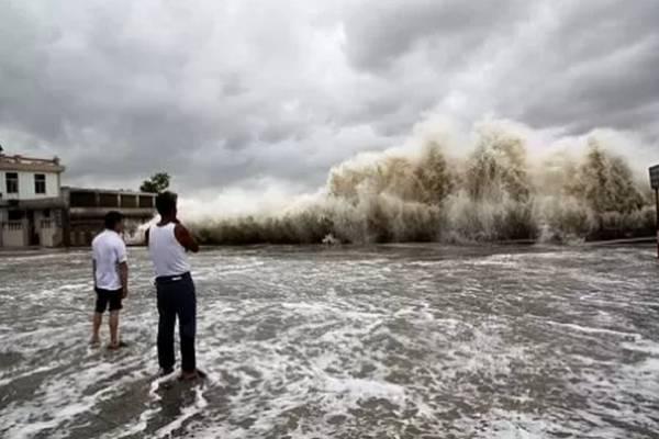 айфун «Нида» приближается к берегам Китая