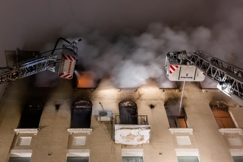 8 человек сгорели в центре Москвы