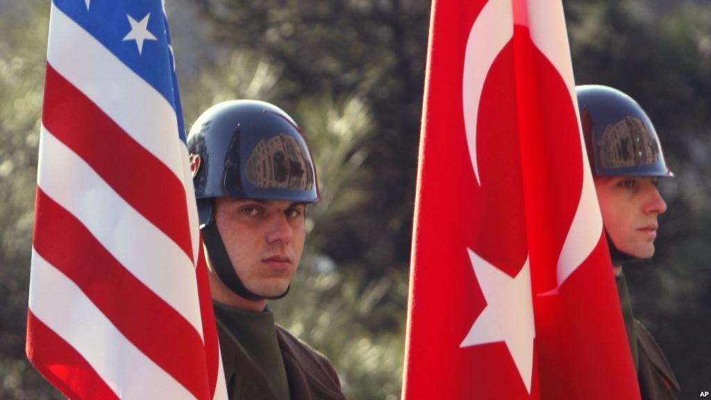 США пригрозили Турции из-за предстоящей покупки у России С-400