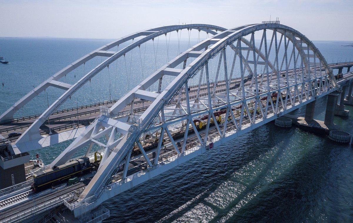 Сроки запуска поездов по Крымскому мосту озвучили в Минтрансе