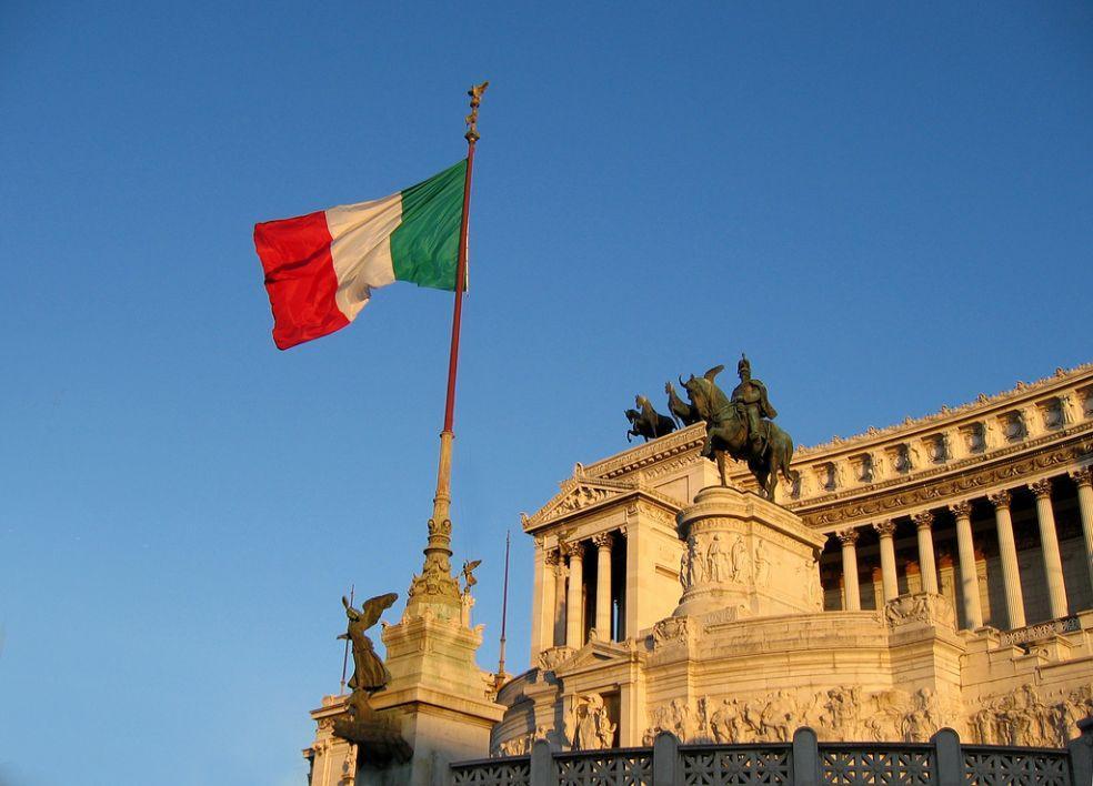 В Италии призвали признать российские водительские удостоверения