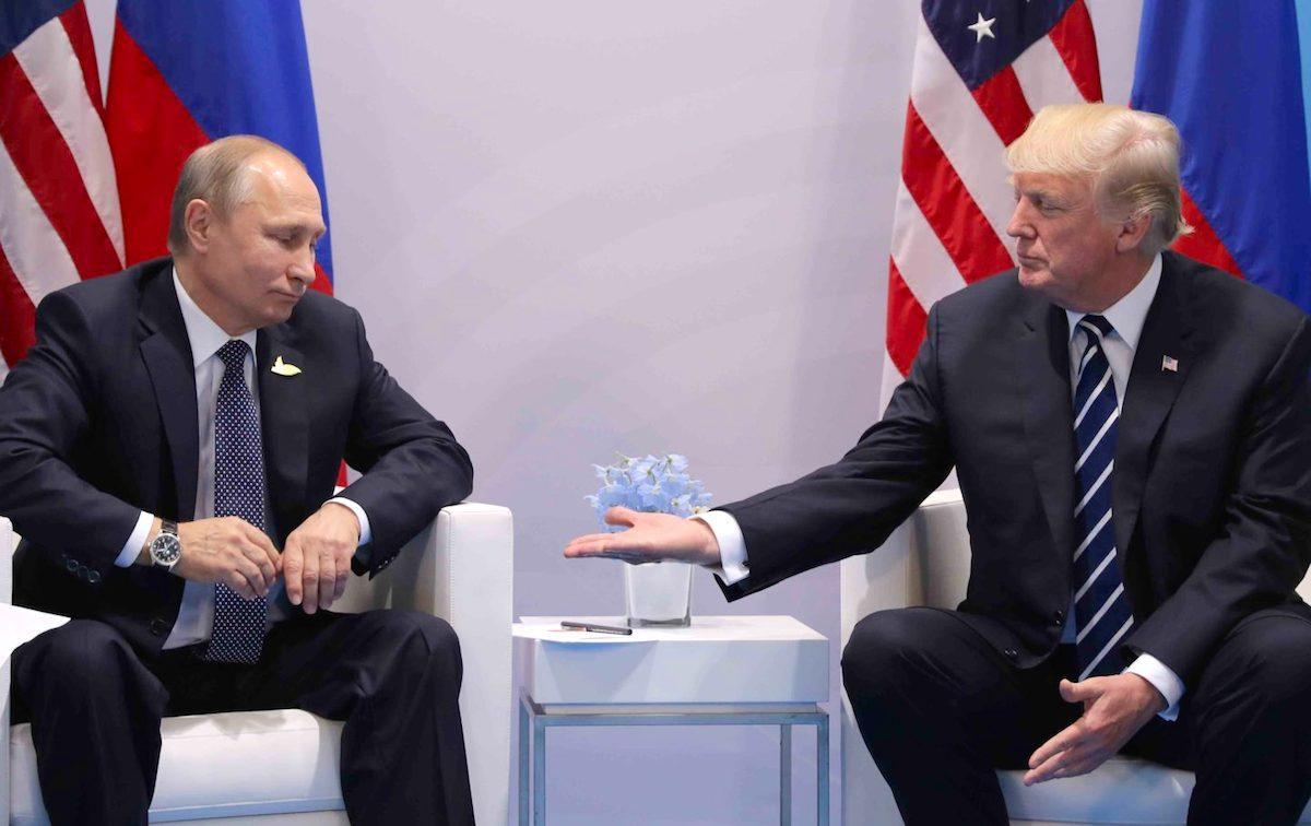 «Не хватало воздуха»: ЦРЦ бросило в панику после объявления Трампа относительно Путина – СМИ