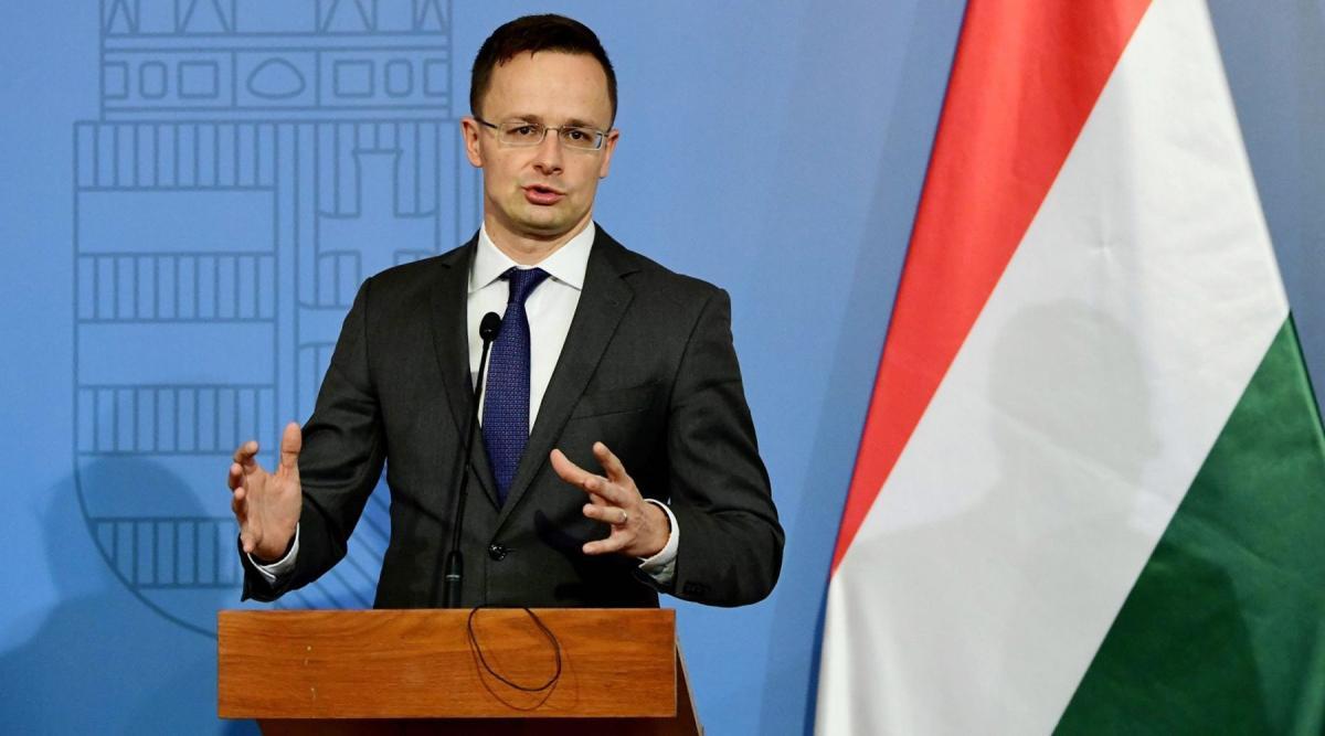 Глава МИД Венгрии обличил западных критиков России