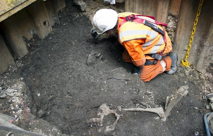В Аркаиме нашли еще один скелет с  «инопланетным» черепом