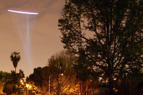 Загадочный дымящийся объект в небе озадачил жителей Липецкой области –очевидец