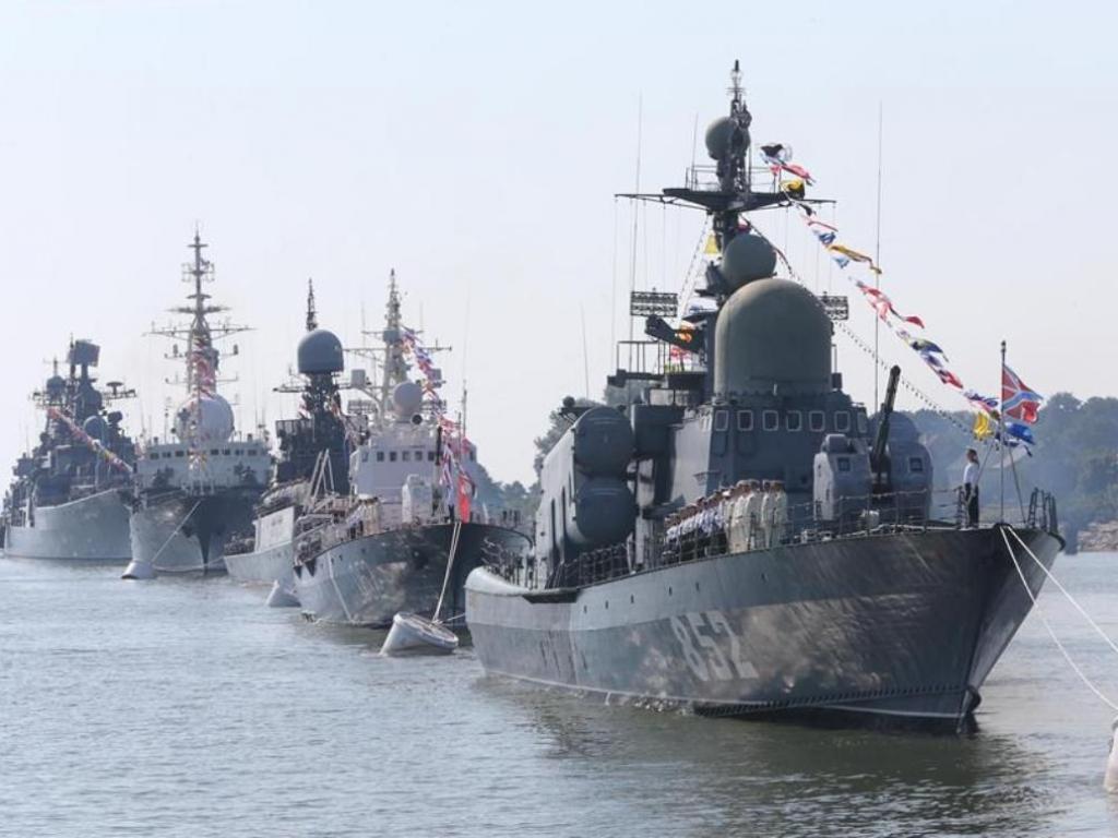 В Севастополе начали празднование Дня ВМФ России