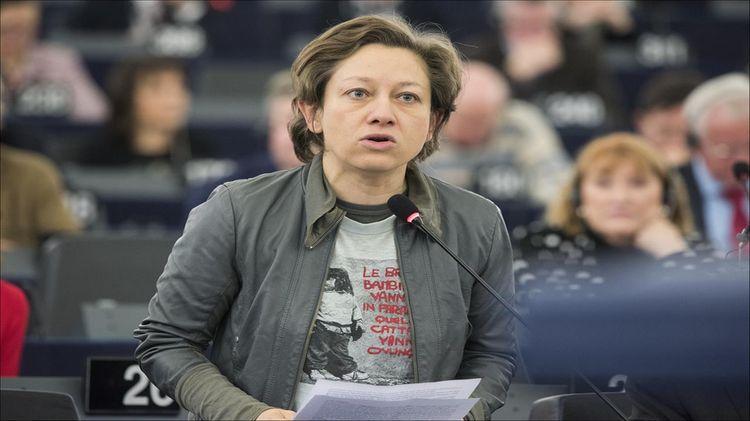 Евродепутат из Италии обвинила ЕС и НАТО в поддержек Украины в военном конфликте в Донбассе