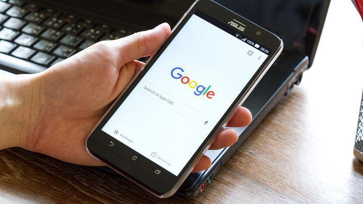 Роскомнадзор пригрозил заблокировать поисковик Google в России