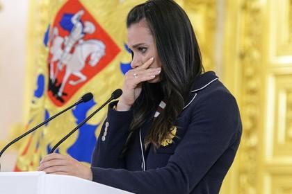 Исинбаева пожелала всей российской сборной успехов в ОИ-2016