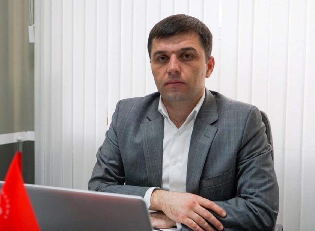 Главу молодёжного центра занятости Дагестана обвинили в превышении полномочий