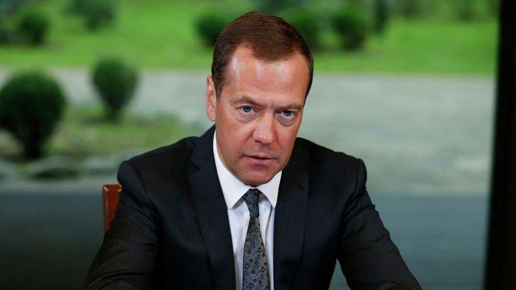 Российскую Федерацию устраивает цена на нефть, заявил Медведев
