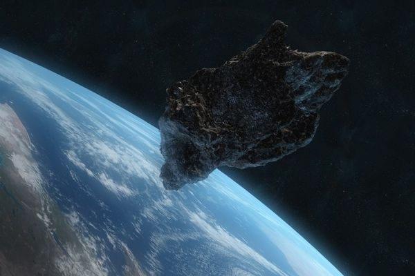 Огромный астероид посетит Землю 18 марта: какую опасность он несет