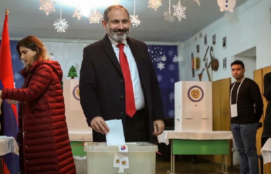 На выборах в парламент Армении блок Пашиняна удерживает лидерство