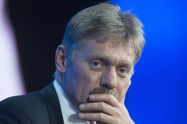 Кремль отреагировал на заявление Порошенко, приказавшего использовать в Донбассе любое оружие